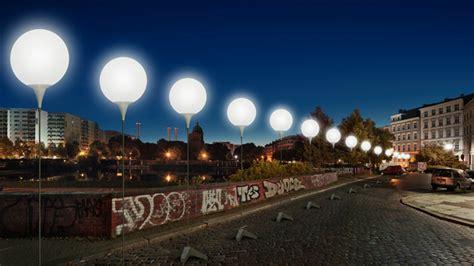 stunning 8 000 light balloons re enact berlin wall path
