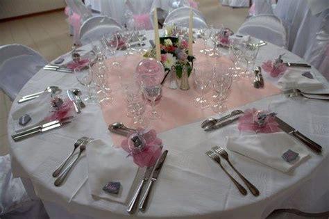 decoration table ronde mariage mariage en gris et argent d 233 co de table pink and silver mariage tables