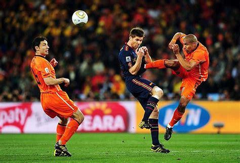 Xabi Alonso Opens Up On Nigel De Jong World Cup Tackle