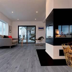 parquet stratifie gris pour une decoration contemporaine With parquet sur mur