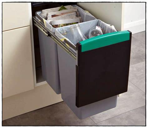 rangement poubelle cuisine poubelle de cuisine leroy merlin dcouvrez tous nos