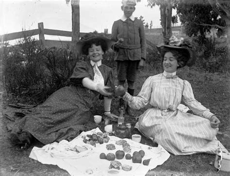early cuisine picnic fare early 1900s picnics and barbecues te ara