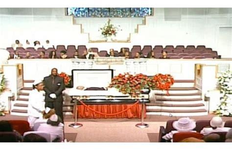 celebrity open casket funerals