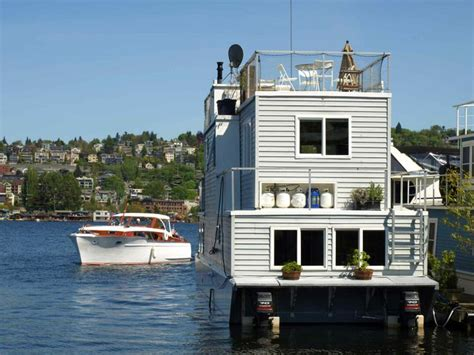 Living On A Boat In Seattle by 17 Images About Houseboats On Srinagar Lakes