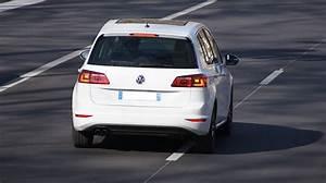 Essai Golf Sportsvan Tsi 125 : d tails des moteurs volkswagen golf sportsvan 2014 consommation et avis 1 4 tsi 150 ch 1 6 ~ Medecine-chirurgie-esthetiques.com Avis de Voitures