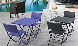 Salon Pour Balcon : salon de jardin 2 personnes avec chaises pliantes en resine tressee finition chocolat ~ Teatrodelosmanantiales.com Idées de Décoration