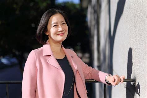 Wu is a graduate of fu jen catholic university. 立委吳思瑤的單身告白:政治是我的愛,也是感情的包袱 天下雜誌