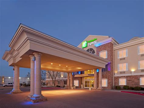 hotel specials for holiday inn express suites eagle pass