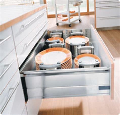 rangement vaisselle cuisine dynamic space l 39 idéal de la cuisine fonctionnelle