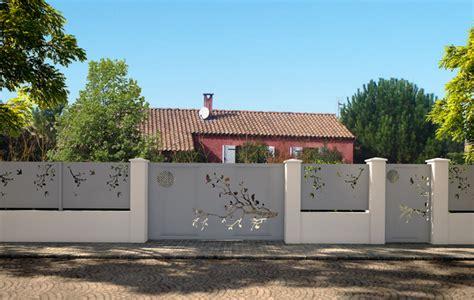 extension cuisine sur jardin conception portails et clôtures contemporain jardin montpellier par steelist