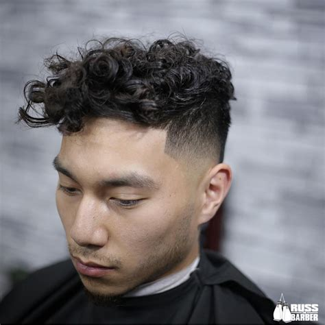 curly hairstyles  men improb
