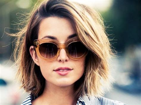 The Most Flattering Short Haircuts For Thick Hair