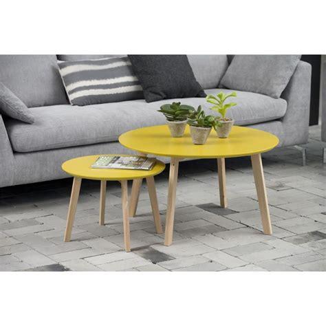 déco style scandinave table basse bolina table d appoint scandinave coloris jaune curry mykaz