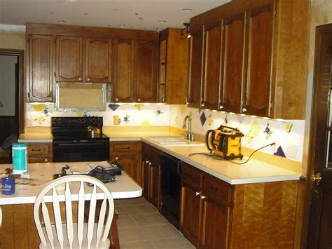 what kind of paint to use on kitchen cabinets what type of paint finish for kitchen cabinets