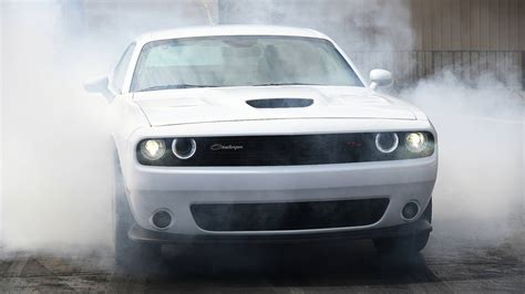 dodge challenger rt scat pack     rule