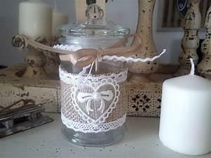 Pot En Verre Deco : pot couvercle orn de dentelles d co cosy ~ Melissatoandfro.com Idées de Décoration