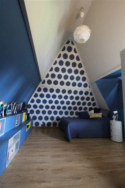 chambre bébé sous pente chambre d 39 ados sous combles moderne chambre d 39 enfant