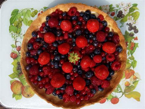 recette pate pour tarte aux fruits tarte aux fruits rouges et mousseline vanille la cuisine de marc et