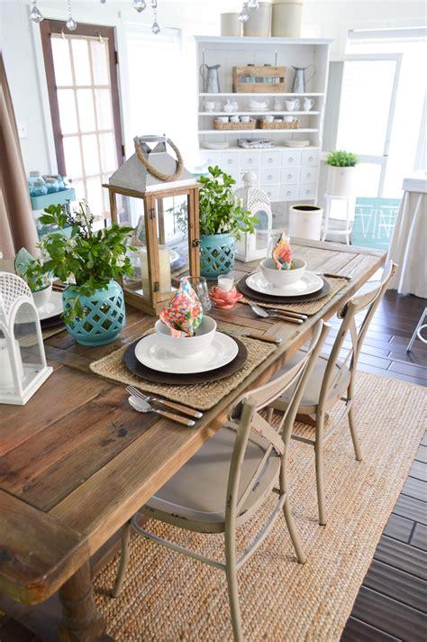 cottage kitchen table farm table decorating ideas brokeasshome 2660