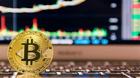 Bitcoin brinda la oportunidad de realizar pagos entre pares (p2p) rápidos, seguros y de bajo costo sin la necesidad de cada vez que se crea un nuevo bloque en la cadena, se recibe una recompensa de 12,5 bitcoins, lo que ocurre aproximadamente cada 10 minutos. Predicciones que no se dieron durante el 2019 para el precio Bitcoin - E-trading México