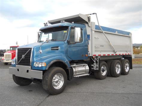 volvo dump trucks  sale