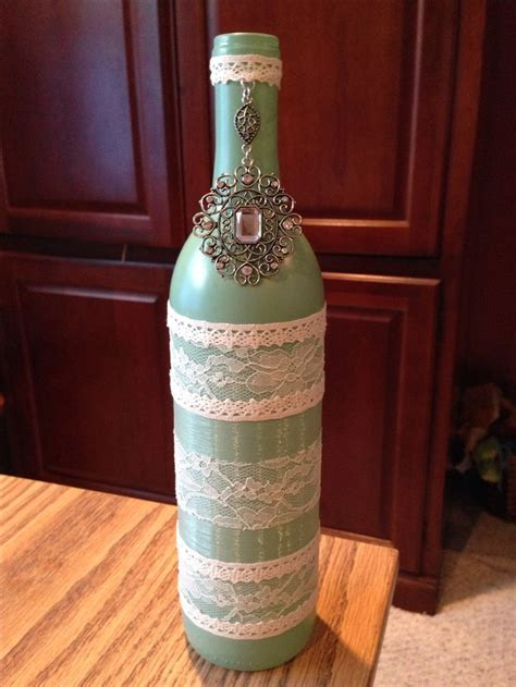 Decorative Wine Bottles For Wedding by 1000 Ideas About Decorated Wine Bottles On