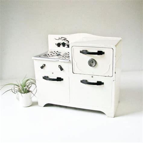 images  vintage toy stoves  pinterest children toys ovens  toys