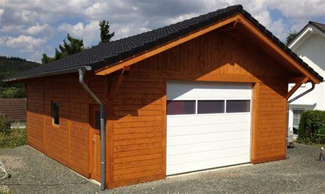 Fertiggaragen Aus Holz by Fertiggaragen Aus Holz Fertiggarage Fertiggaragen Garagen