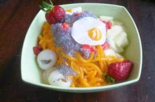 menikmati segarnya semangkuk es spaghetti garnesiacom