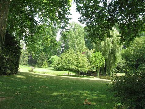 Paleis en park - Fontainebleau   Fontainebleau, Exterior, Park