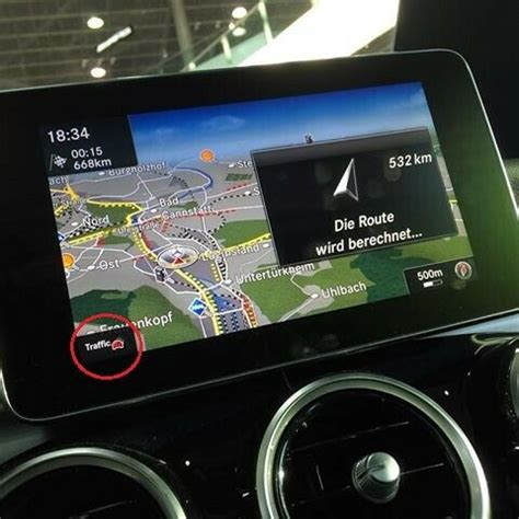 Live traffic information erfasst und überträgt dabei eine hohe zahl von verkehrsdaten aus das live traffic information gehört nicht zu den mercedes connect me basisdiensten bzw. Live-traffic : 3D Modelle Navi : Mercedes C-Klasse W205 : #208698498