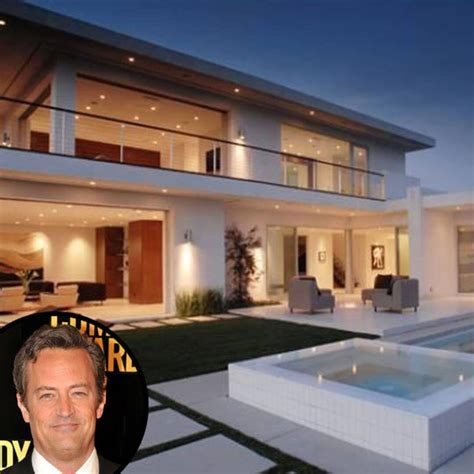Sunshine star, traded in his sunset strip high rise condo listed at $2.995 million for an $8.65 million home in the hollywood hills (via la times and aol real. Matthew Perry Sells Hollywood Hills Home for $4.7 Million ...