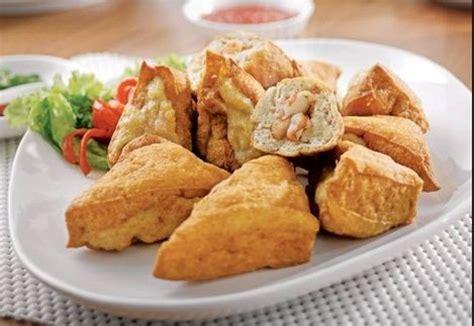 Dengan siraman kecap manis menjadi tambah lezat dan pas untuk pelengkap hidangan makan. Resep dan Cara Membuat Tahu Goreng Renyah Isi Daging Sapi Pedas
