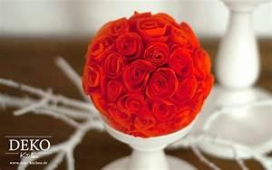 Servietten Falten Rose Anleitung : diy s e rosen aus servietten oder papier f r tolle dekos deko kitchen ~ Frokenaadalensverden.com Haus und Dekorationen