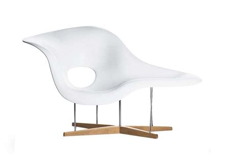 chaise eames vitra la chaise by charles and eames for vitra