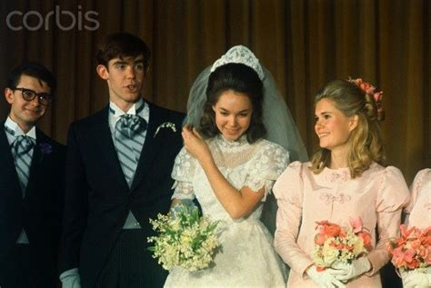 The Love Boat Gopher S Bride by 214 Ver 1 000 Bilder Om Wedding Pictures P 229 Pinterestbr 246 Llop
