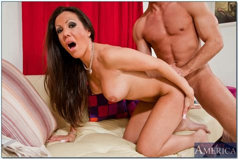 Busty Mom Amy Fisher Fucking A Lucky Guy And Getting A