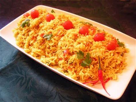 cuisiner riz riz basmati au curry la recette facile par toqués 2 cuisine
