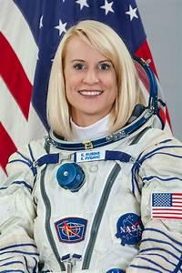 Astronaut Biography: Kathleen Rubins