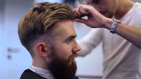 Modern UnderCut   Hairstyle Men's Hipster Fashion Big