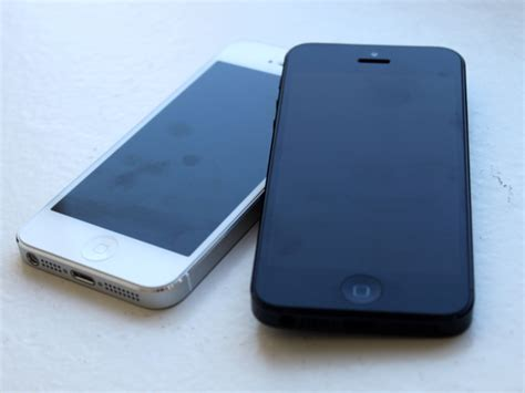 refurbished iphones at t selling refurbished iphone 5 for 99 business insider