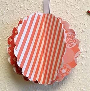 Boule En Papier : tuto pour fabriquer son sapin de no l mural recycl service environnement des ~ Teatrodelosmanantiales.com Idées de Décoration