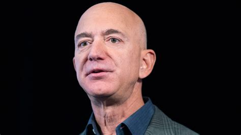 Jeff Bezos Is the World's Richest Person With $172 Billion ...