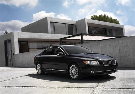 volvo  executive review top speed