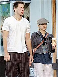 ashley olsen and her boyfriend Images - Frompo