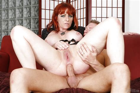 Hardcore Anal Sex Features Mature Pornstar With Big Tits