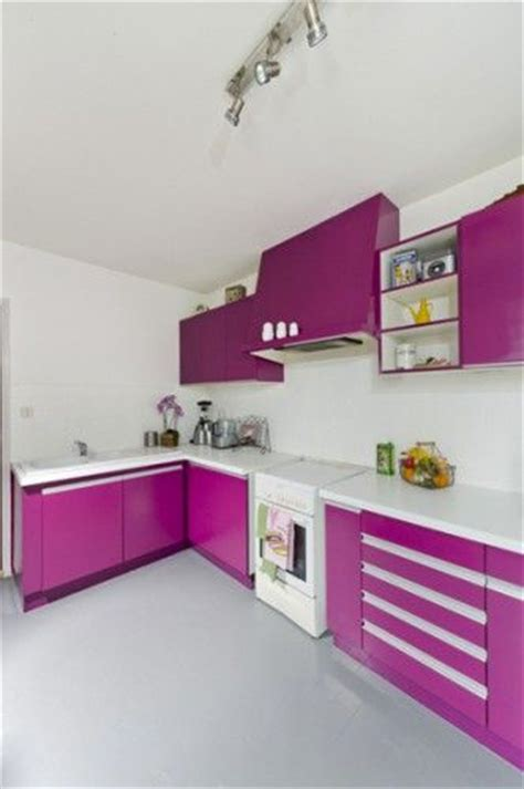 peinture brillante pour cuisine peinture pour meuble pour tout peindre sans poncer v33