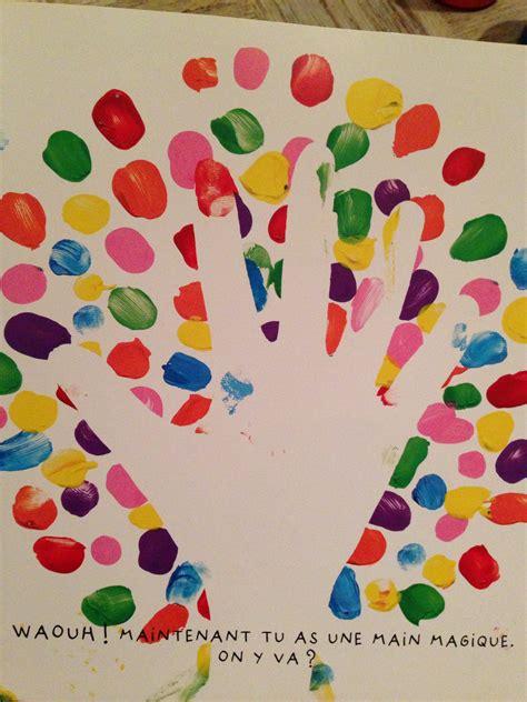 pochoir pour cuisine activités pour les enfants peinture avec le livre
