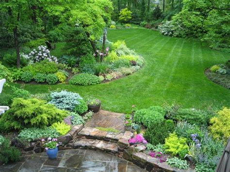 Beautiful Large Yard Landscaping Design Ideas (43