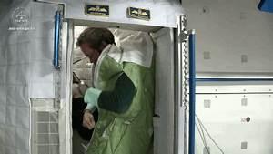 Astronaut Chris Hadfield's Coolest Space Lessons | Break.com